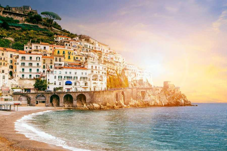 AVI TRAVEL AMALFI & POMPEII EXCLUSIVE FD (SMALL GROUPS)