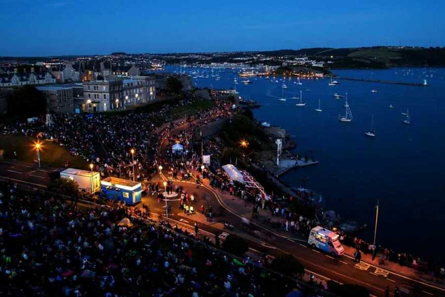 Oates Travel St Ives BRITISH FIREWORKS CHAMPIONSHIPS, PLYMOUTH