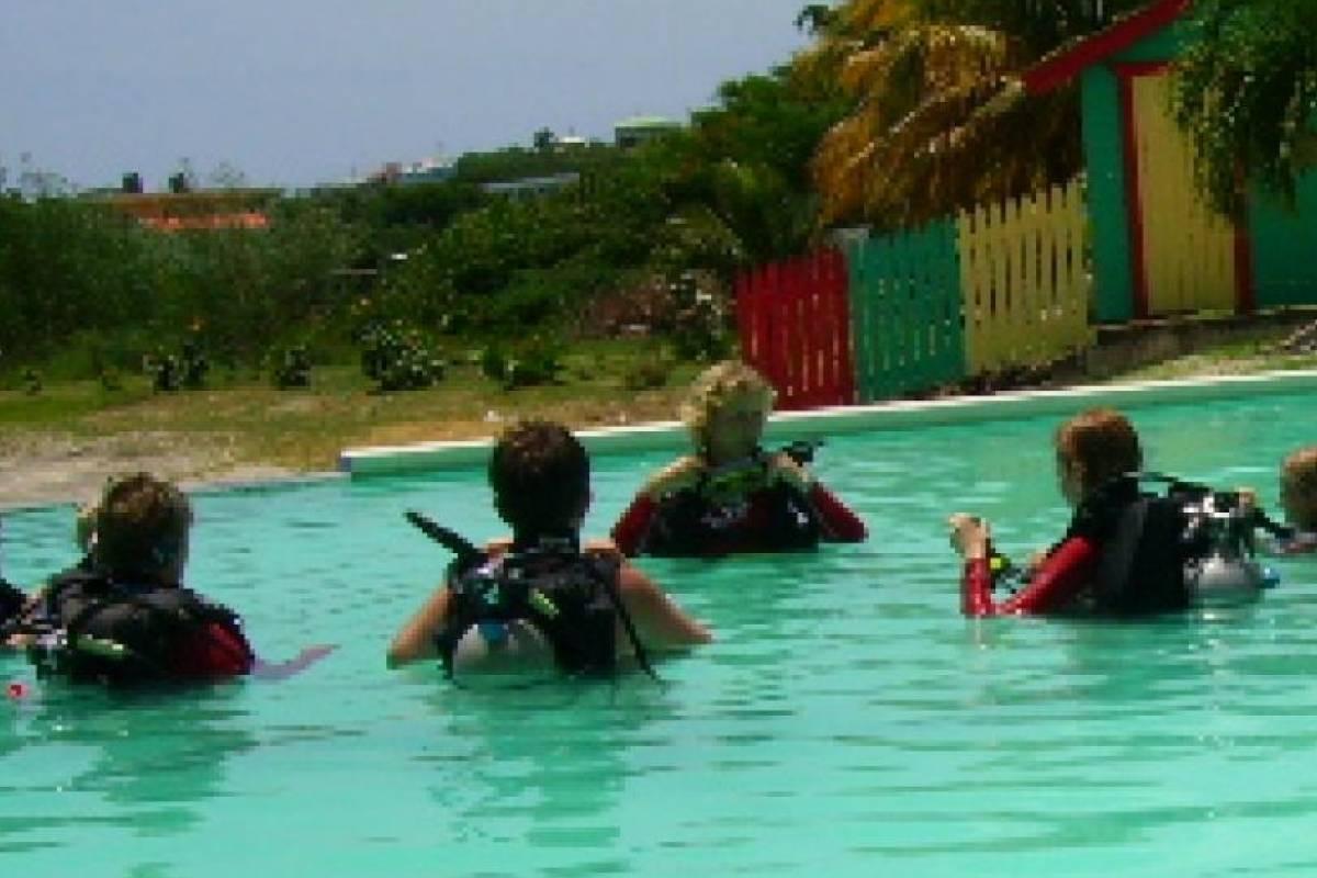 Aquanauts Grenada 1. Padi Open Water Diver Course Touch