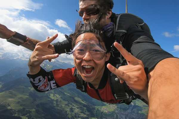 Skydive Switzerland & Scenic Air - Jump The Swiss Alps