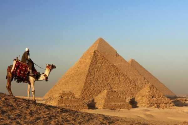 Excursies Egypte Cairo Prive dag excursie vanuit  Sahel Hashesh  met het vliegtuig