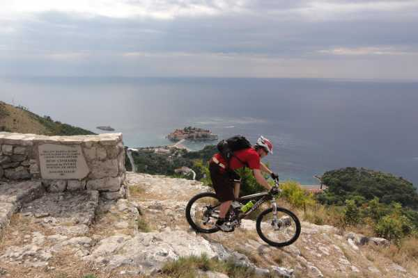 Biking: The Ladder of Budva
