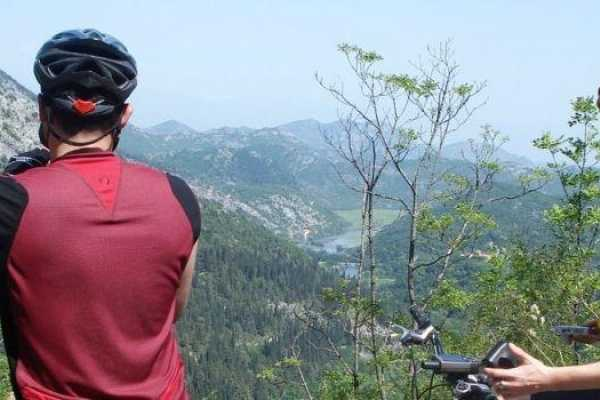 FeelMontenegro Biking and slow food tour: Taste of Lake Skadar