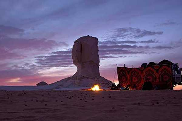 Marsa alam tours white Desert 2 days Tour from Hurghada by Flight