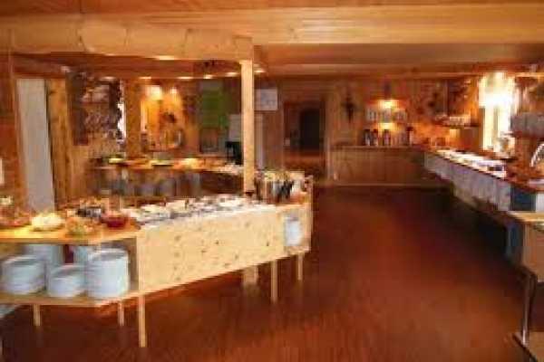 Visit Innherred Smakfult måltid hos Gjetbergsvollen