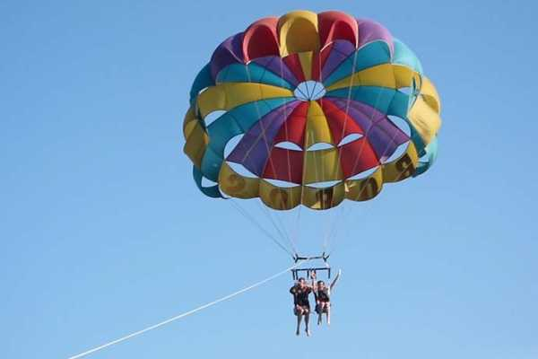 Marsa alam tours Parasailing trip from Hurghada