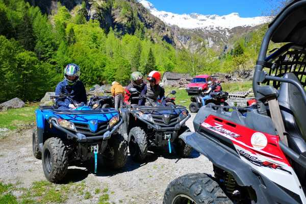 BuggyPark by HB-Adventure Switzerland 4x4 Quad/ATV Tour Tessin (Losone/Ascona) inklusive Übernachtung für 2 Pers.