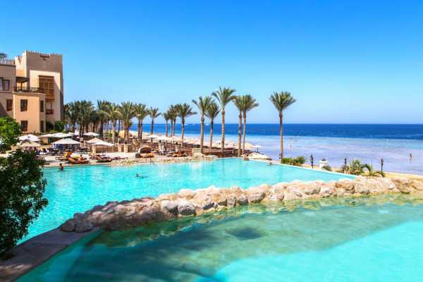 Excursies Egypte Private Airport Transfer from Makadi bay Hotels to Marsa Alam Airport
