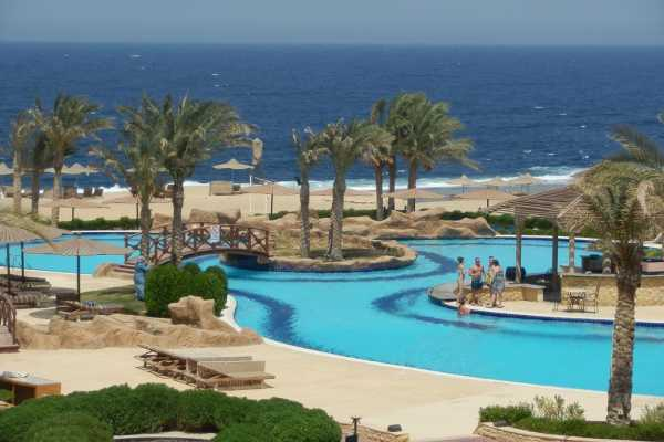 Excursies Egypte Private Airport Transfer from Marsaalam Airport to Luxor Hotels