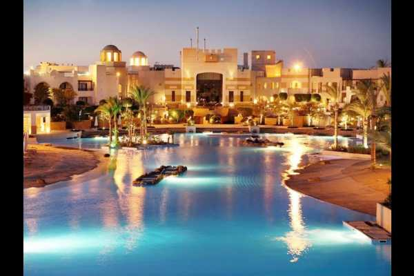 Excursies Egypte Private Airport Transfer from Marsa Alam Hotels to Aswan Airport