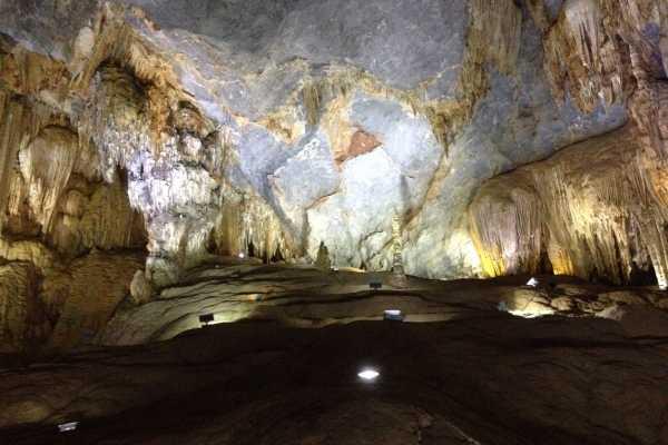 OCEAN TOURS Discover Phong Nha Cave