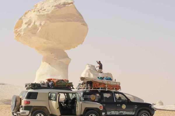 Excursies Egypte Private three days tour to Bahariya Oasis and white desert from Cairo