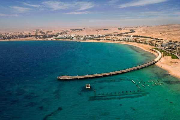 Excursies Egypte Private Transfer from Luxor Hotel to Sahel Hashesh Hotel