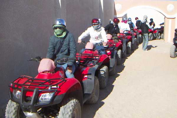 Excursies Egypte EL GOUNA DESERT MORNING SAFARI EXCIURSION BY QUAD BIKE
