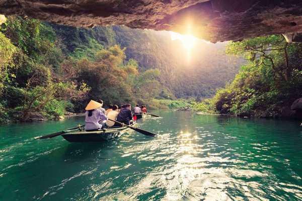 OCEAN TOURS BUDGET tour visit trangan - baidinh