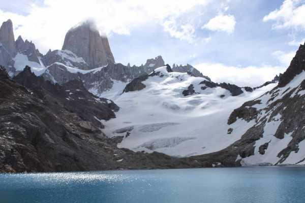 Patagonia Hikes Laguna de los Tres. Caminata al Fitz Roy.