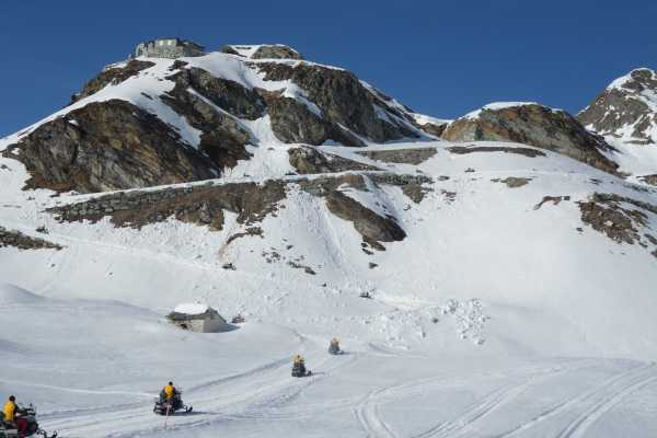 HB Adventure Switzerland Snowmobile Tour 2: Lago Nero