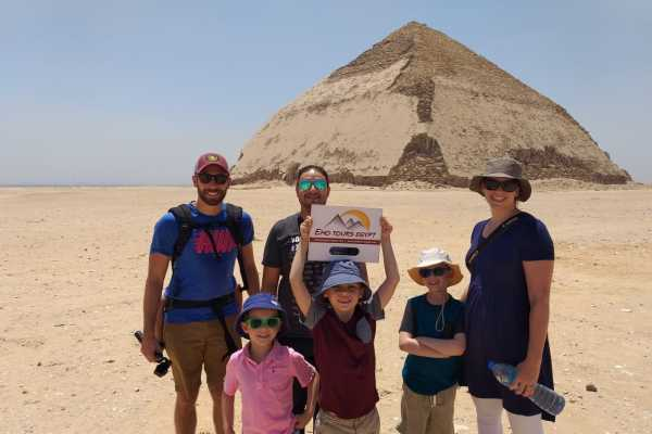 EMO TOURS EGYPT Pirámides de Giza,Memphis & Saqqara tour de un día
