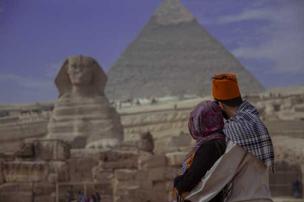 EMO TOURS EGYPT TAG TOUR ZU GIZA PYRAMIDE MEMPHIS STADT DAHSHUR & SAQQARA PYRAMIDE
