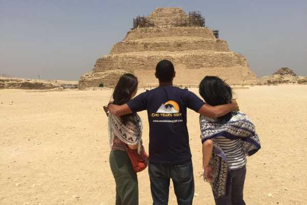 EMO TOURS EGYPT JOURNEE DU CAIRE AU MEMPHIS SAKKARA & DAHSHUR PYRAMIDS