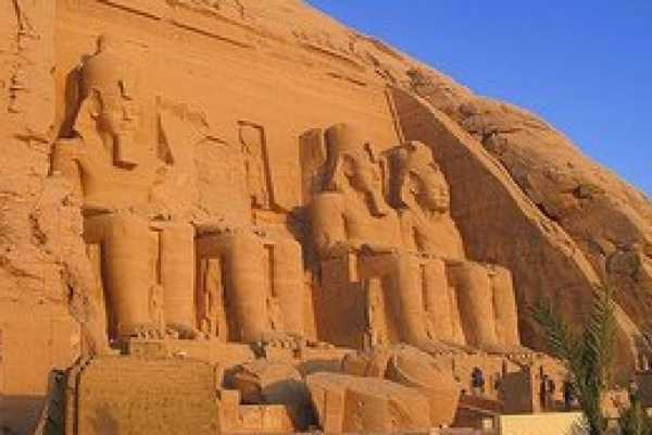EMO TOURS EGYPT ABU SIMBEL D'ASSOUAN EN VOL EXCURSION D'UNE JOURNÉE