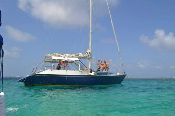 Cacique Cruiser BOAT TO COLOMBIA - Victory Sailboat