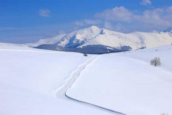 Spa Treks - Activ Adventure Pyrenees snowshoeing week, Ax-les-Thermes