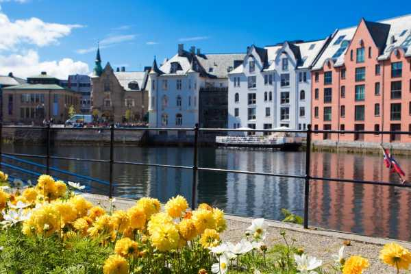 Norway Excursions Alesund Promenade a pied