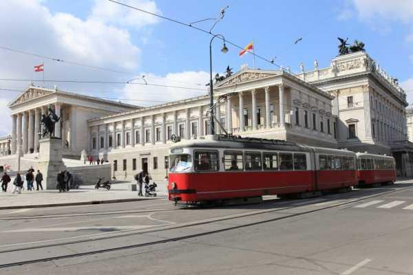 24/7/365 Travel Prague Vienna Shuttle