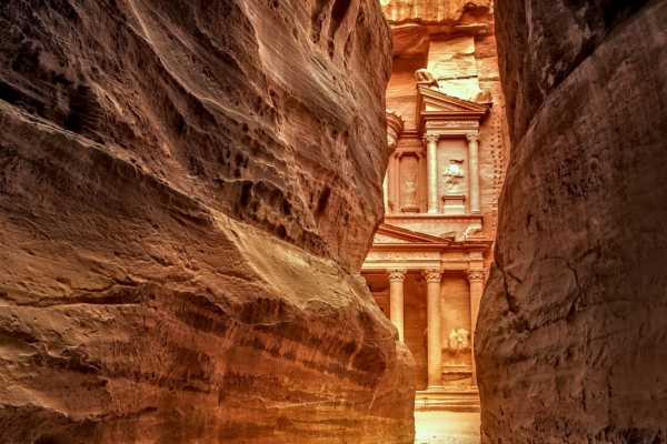 Adventurati Outdoors Beduin Expedition l Petra and Canyoning - Jordan