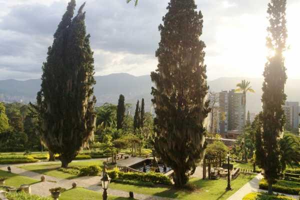 Medellin City Tours BoGo Tour: BOOK CULTURAL TOUR AND GET FREE FOOD TOUR