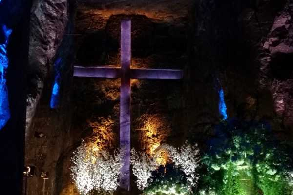 Bogota Henry Tours 16. SALT CATHEDRAL, PRIVATE TOUR, 7 HOURS, LUNCH, ALL INCLUDED