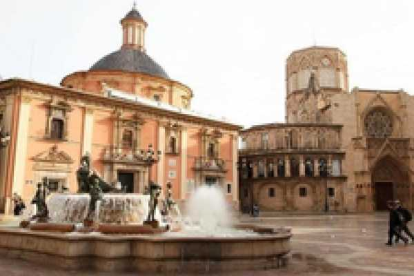 Tour Me Out Free Walking Tour Old City Valencia (EVERY DAY)