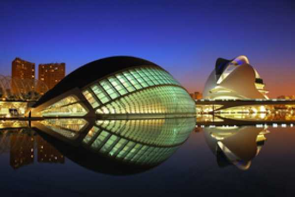 Tour Me Out New City Free Walking Tour Valencia (TUES & THURS)