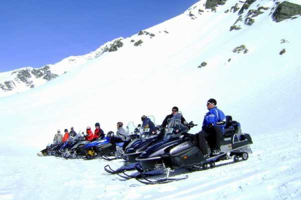 HB Adventure Switzerland AG Day trip out of St. Moritz for snowmobile riding in Madesimo