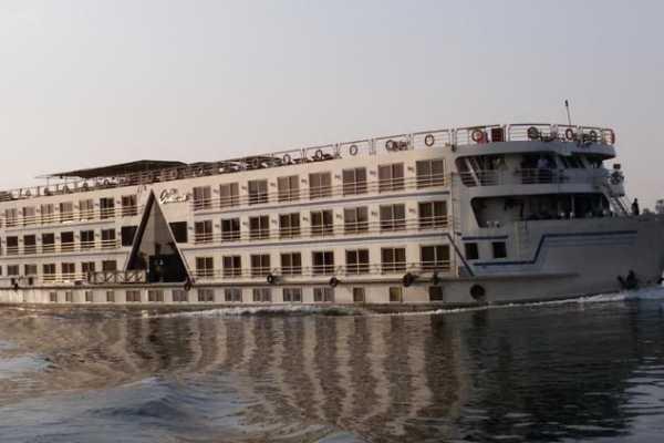 EMO TOURS EGYPT コンクール・ナイル・クルーズアスワンからルクソールまで、4日間3泊
