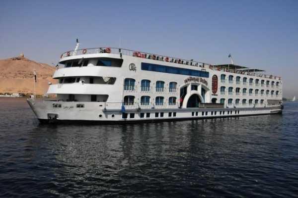 EMO TOURS EGYPT ロイヤルルビーデラックスナイルクルーズ、アスワンからルクソールへ、4日間3泊