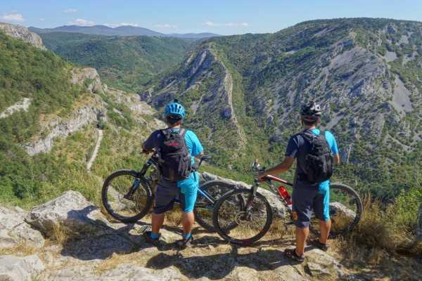 Ride around Le perle del Carso in bicicletta