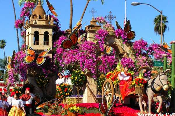 Dream Vacation Builders 2018 Rose Parade Tour From Anaheim/Orange County