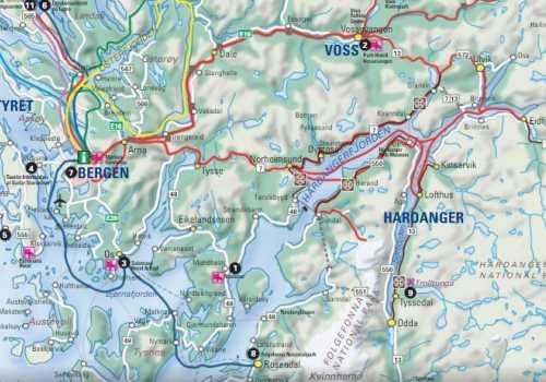 Stana Gard ligger i vakkert fjordlandskap ved Nasjonal turistvei Hardanger
