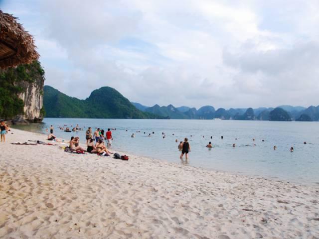 Viet Ventures Co., Ltd Halong Bay Travel Photo