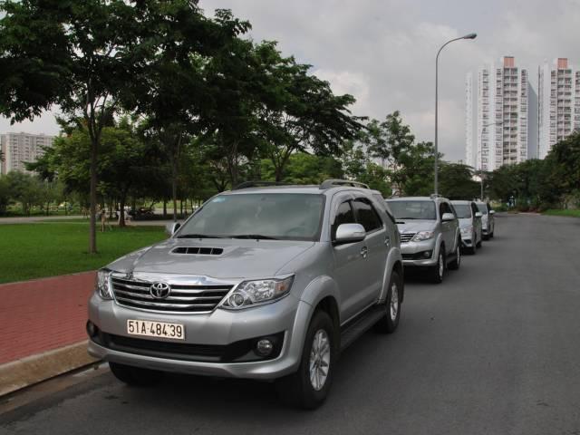 Viet Ventures Co., Ltd Cho thuê xe du lịch tphcm - Hotine: 0909.088.715