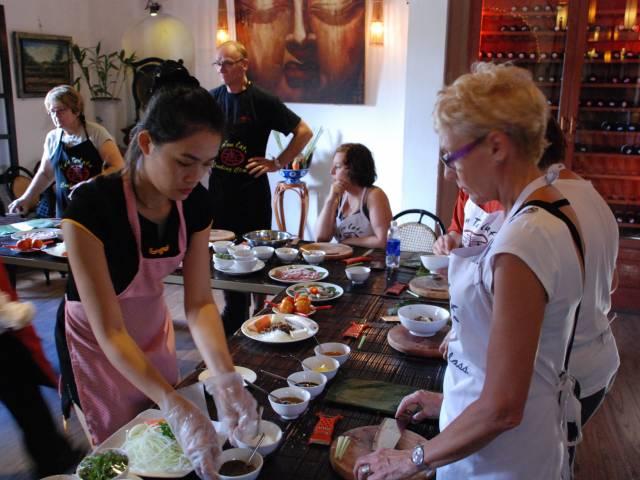 Viet Ventures Co., Ltd Travel to Central Vietnam