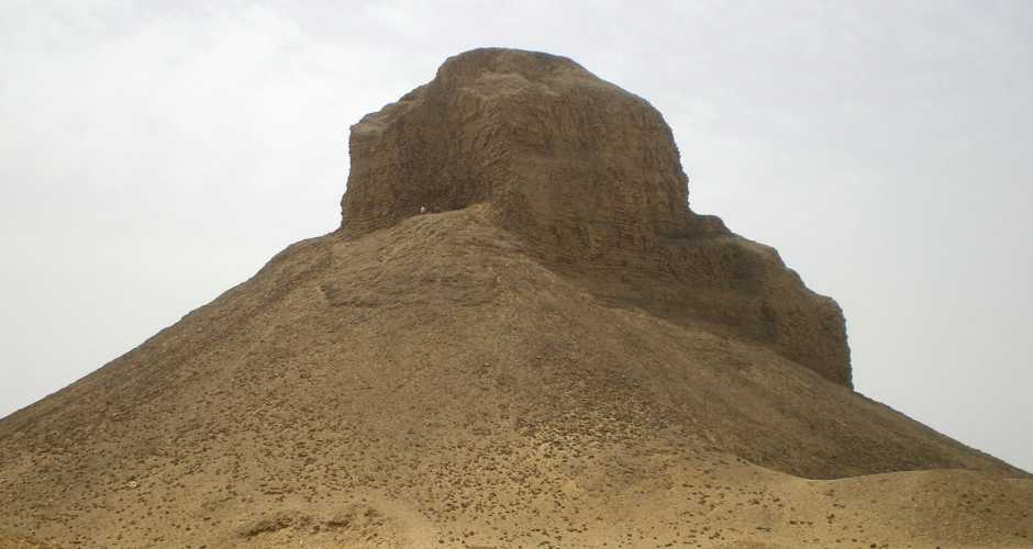 3- THE PYRAMID OF HAWARA