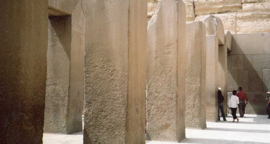 6- THE VALLEY TEMPLE OF KING CHEPHREN