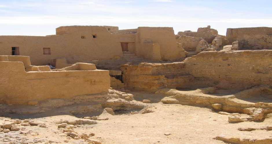 TEMPLE OF AMUN / TEMPLE OF UMM UBAYDAH