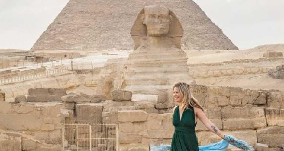 1. Pyramids of Giza