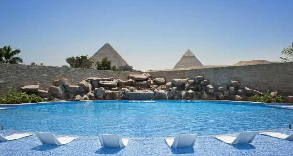 Le Meriden Pyramids