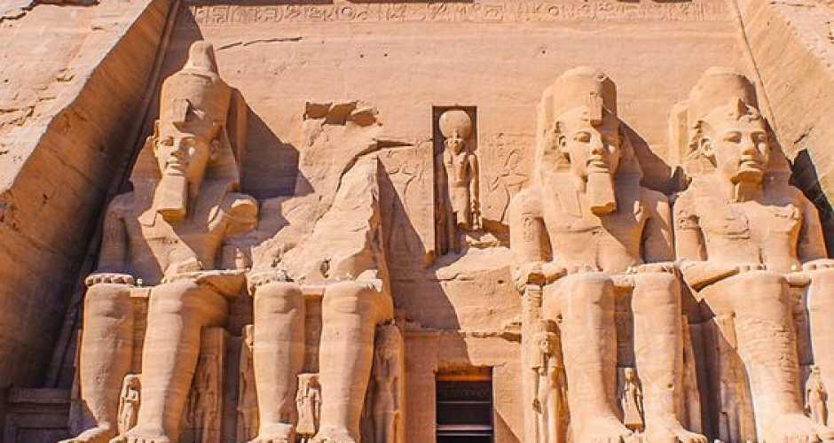 7. Abu Simbel Tempel