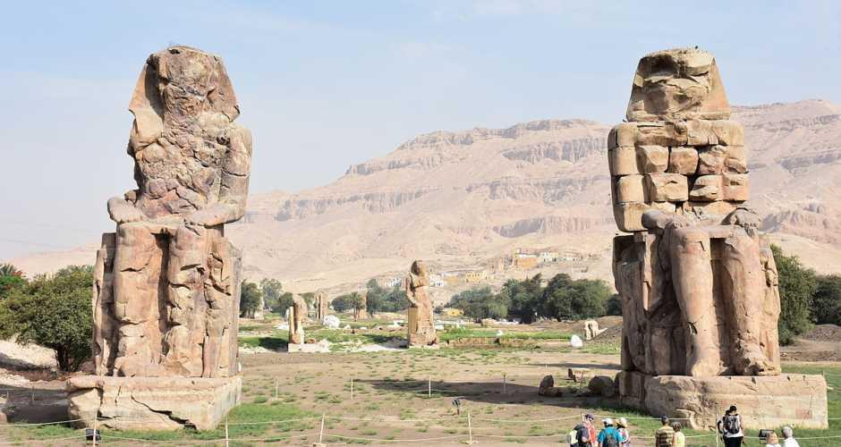 8. De colossi van Memnon